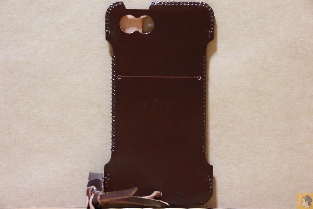 背面 - 革の王様使ったabicase(アビケース)/ abicase cawa ウォレットジャケット コードバン ブラウン / iPhone 5/5s