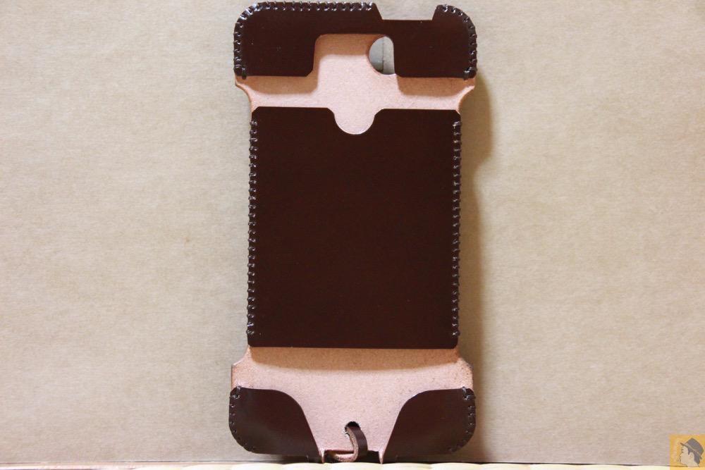 表面 - 革の王様使ったabicase(アビケース)/ abicase cawa ウォレットジャケット コードバン ブラウン / iPhone 5/5s