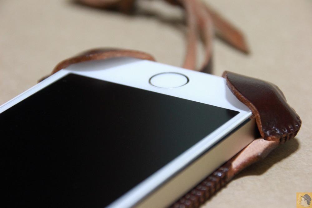 下部フラップ - abicase(アビケース) cawa ウォレットジャケット コードバン ブラウン / iPhone 5/5s / 革の王様使ったabicase