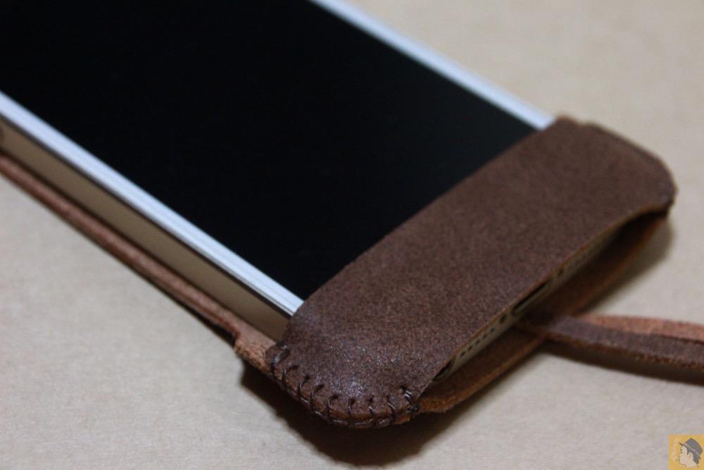 下部フラップ - abicase(アビケース) cawa シンプルジャケット / iPhone 5/5s / ペラペラな革使ったabicase アビケース