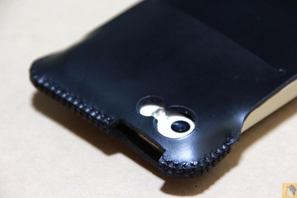 カメラ穴 - 2枚革じゃないけどウォレットジャケットのabicase(アビケース)/ abicase cawa ウォレットジャケット スムースレザー / iPhone 5/5s