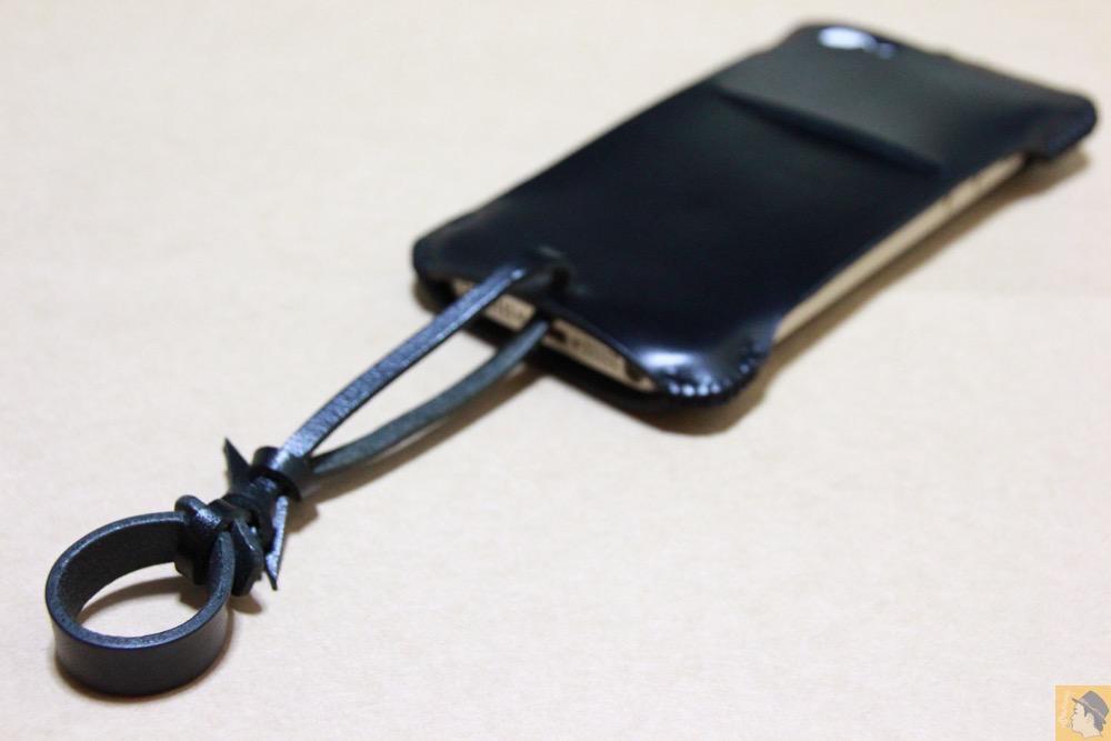 ストラップ(尻尾) - 2枚革じゃないけどウォレットジャケットのabicase(アビケース)/ abicase cawa ウォレットジャケット スムースレザー / iPhone 5/5s