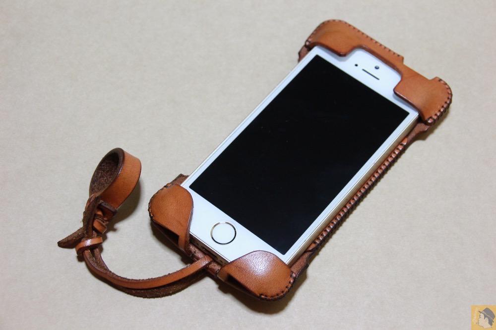 アイキャッチ - abicase(アビケース) cawa ウォレットジャケット 飴色 / iPhone 5/5s / フラップ部分の原型になったabicase
