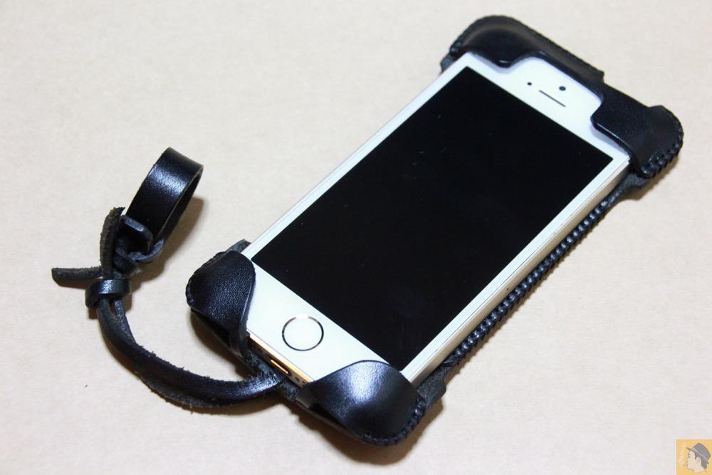 アイキャッチ - abicase(アビケース) cawa ウォレットジャケット 栃木レザー ブラック / iPhone 5/5s / 指紋認証に対応したabicase