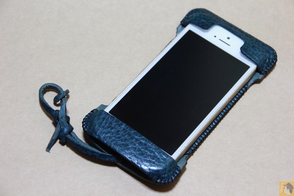 アイキャッチ - abicase(アビケース) cawa ウォレットジャケット 栃木レザー オイルバケッタブルー / iPhone 5/5s / あと1個あるオイルバケッタabicase アビケース