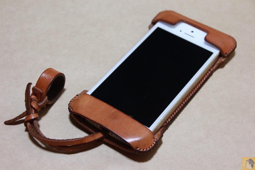 アイキャッチ - abicase(アビケース) cawa wallet jacket 栃木レザー 飴色 / iPhone 5/5s / シミを作ってしまいアタフタしたabicase