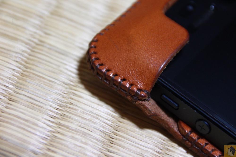 ガッチリ手縫い - エイジングすると良い色になるabicase(アビケース)/ abicase cawa ウォレットジャケット 栃木レザー キャメル / iPhone 5/5s