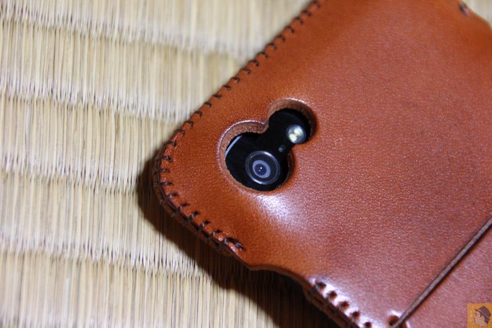 カメラ穴 - エイジングすると良い色になるabicase(アビケース)/ abicase cawa ウォレットジャケット 栃木レザー キャメル / iPhone 5/5s