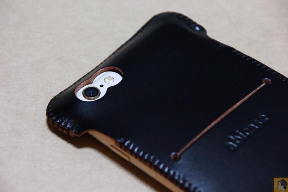 カメラ穴 - 墨のような黒さのabicase(アビケース)/ abicase cawa ウォレットジャケット コードバン 墨黒 / iPhone 6/6s