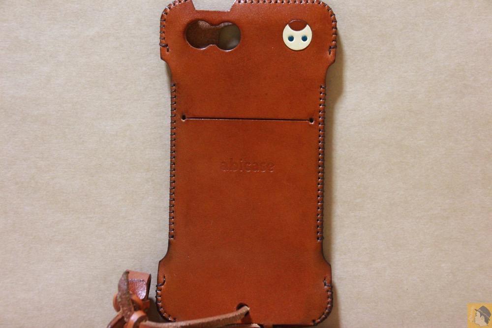背面 - 猫印付き綺麗なキャメル色のabicase(アビケース)/ abicase cawa ウォレットジャケット 栃木レザー キャメル  / iPhone 5/5s