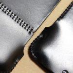 スムースレザーのabicase(アビケース)、経年変化で増す銀面の輝き / iPhone 5/5s [レビュー 14/40]