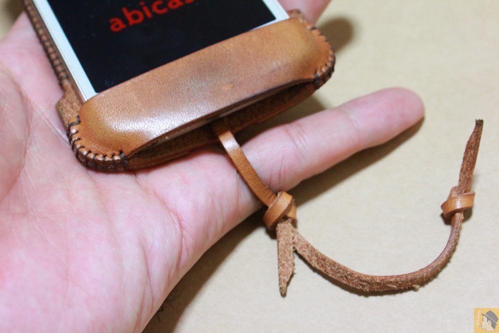 ストラップ - 現在は作られていない珍しいabicase(アビケース)のウォレットジャケット / iPhone 5/5s [レビュー 10/40]