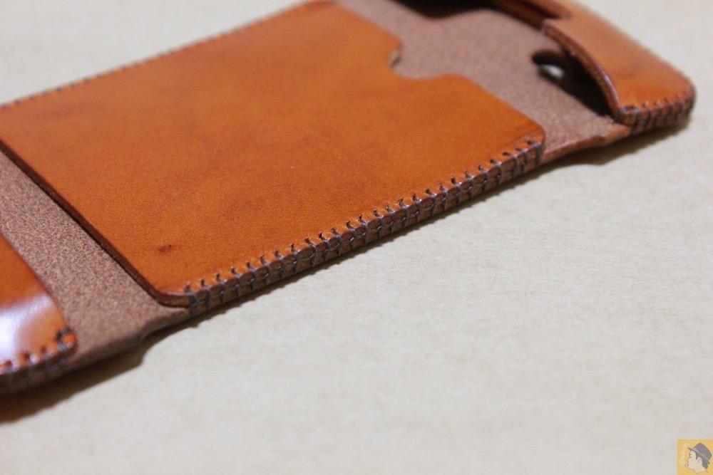 ウォレットジャケットの革 - abicase(アビケース)にカードが収納出来る、実用的なウォレットジャケット / iPhone 5/5s [レビュー 8/40]