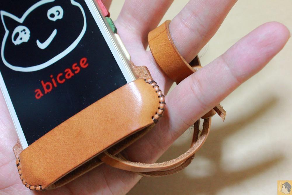 ストラップ - トリコロール柄のabicase(アビケース)、計算された革幅の縫い継ぎ / iPhone 5/5s [レビュー 17/40]