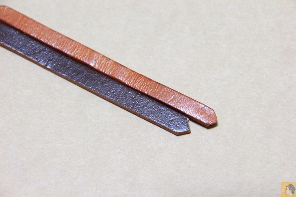 コードバンの銀面 - 贅沢にコードバンを使用したabicae(アビケース)。希少性高い革・革の王様・革のダイヤモンドと呼ばれる革 / iPhone 5/5s [レビュー 24/40]