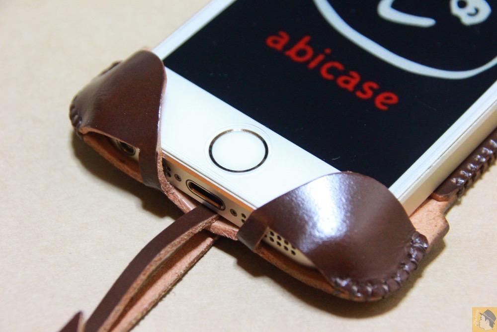 ホームボタン - 贅沢にコードバンを使用したabicae(アビケース)。希少性高い革・革のダイヤモンドと呼ばれる革 / iPhone 5/5s [レビュー 24/40]