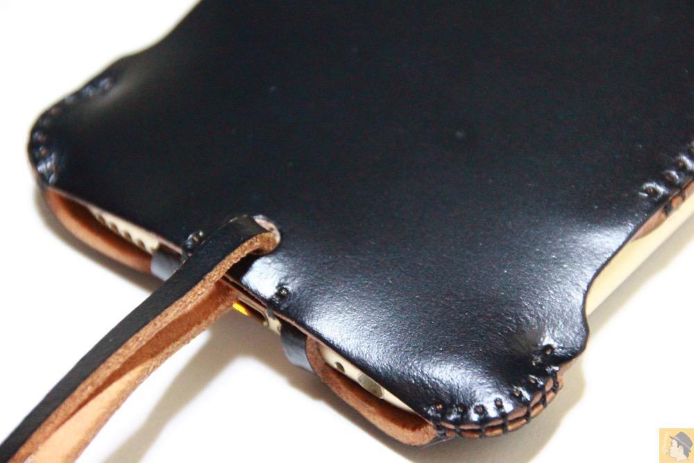 銀面が墨のような黒3 - コードバンabicase アビケース。銀面が墨で色付けしたかのような黒さです / iPhone 6/6s [レビュー 32/40]