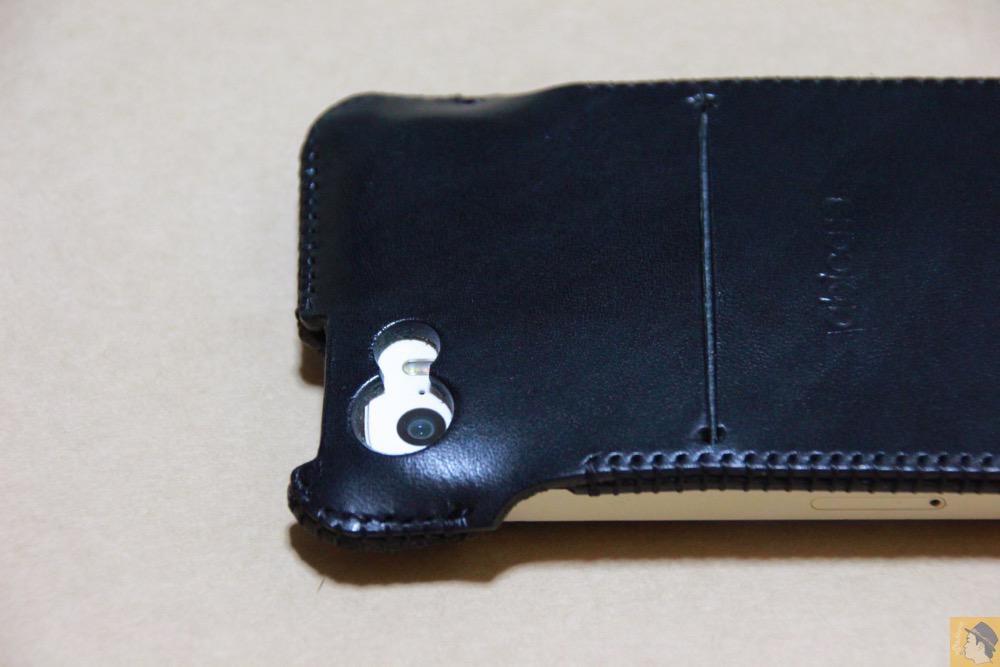 カメラ穴 - ストラップがさらに進化したabicase(アビケース)、デザイン変わり指に付けるのが簡単に / iPhone 5/5s [レビュー 18/40]