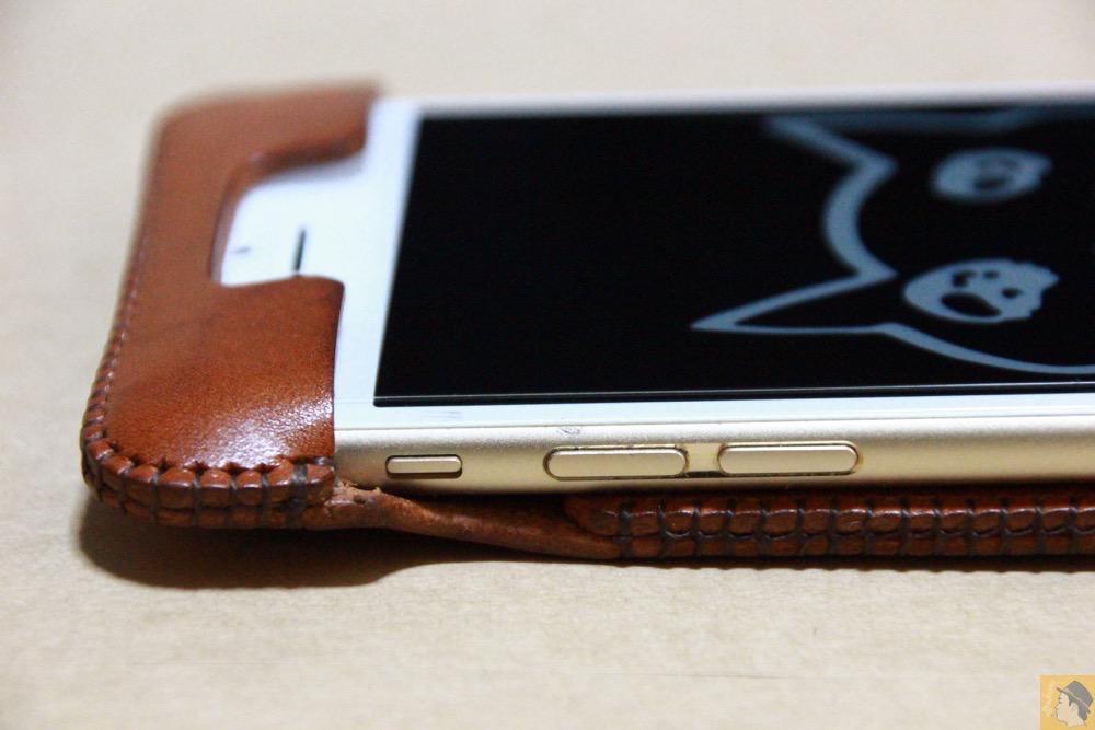 音量調整ボタン・マナーモード切替えスイッチ - abicase アビケースの中で一番初めに作られたリンゴドット柄デザイン / iPhone 6/6s [レビュー 30/40]