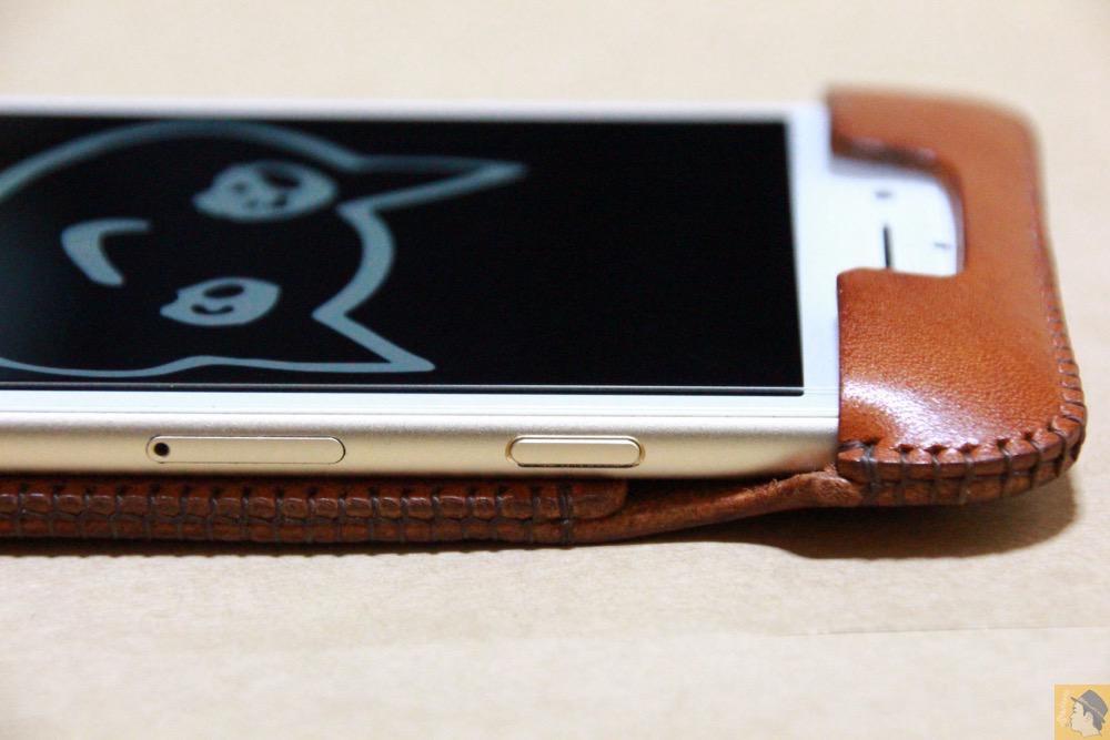 スリープボタン - abicase アビケースの中で一番初めに作られたリンゴドット柄デザイン / iPhone 6/6s [レビュー 30/40]
