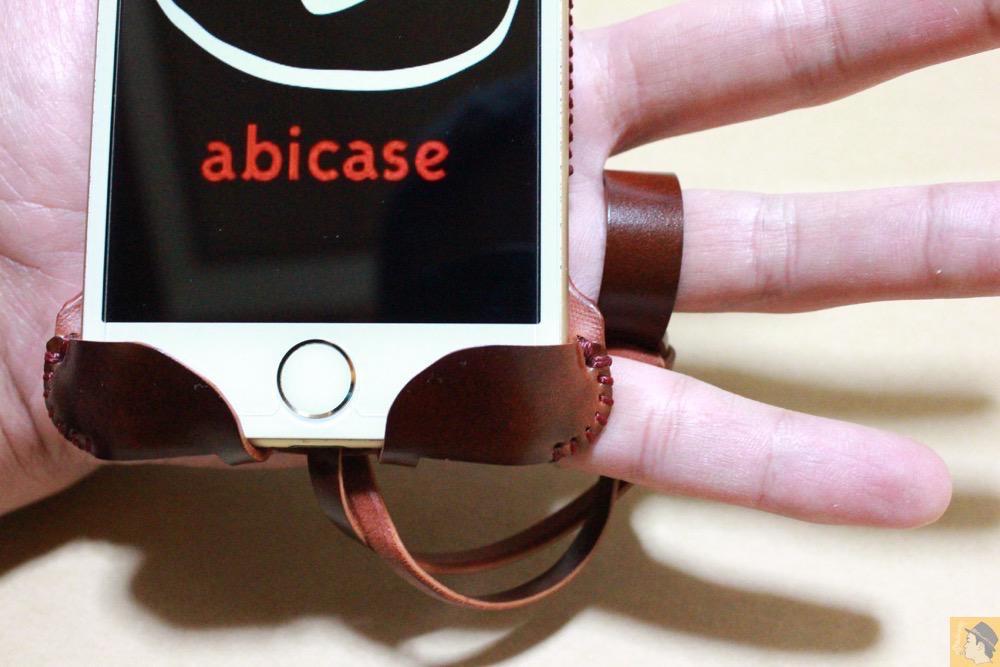 ストラップ - コードバンabicase アビケースのレッドブラウン色は惚れる色で艶のある綺麗な革 / iPhone 6/6s [レビュー 36/40]