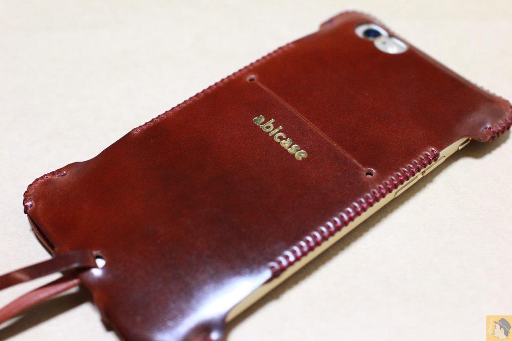 サムネイル - コードバンabicase アビケースのレッドブラウン色は惚れる色で艶のある綺麗な革 / iPhone 6/6s [レビュー 35/40]