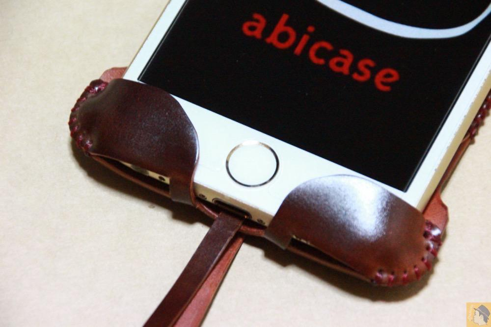 ホームボタン - コードバンabicase アビケースのレッドブラウン色は惚れる色で艶のある綺麗な革 / iPhone 6/6s [レビュー 36/40]