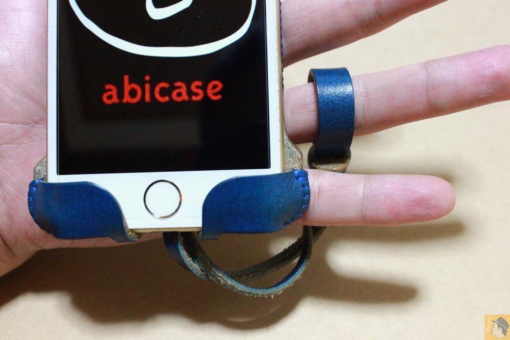 ストラップ - ルガトレザーabicase アビケースは鮮やかな青に虎模様が綺麗に入った銀面が特徴 / iPhone 6/6s [レビュー 37/40]