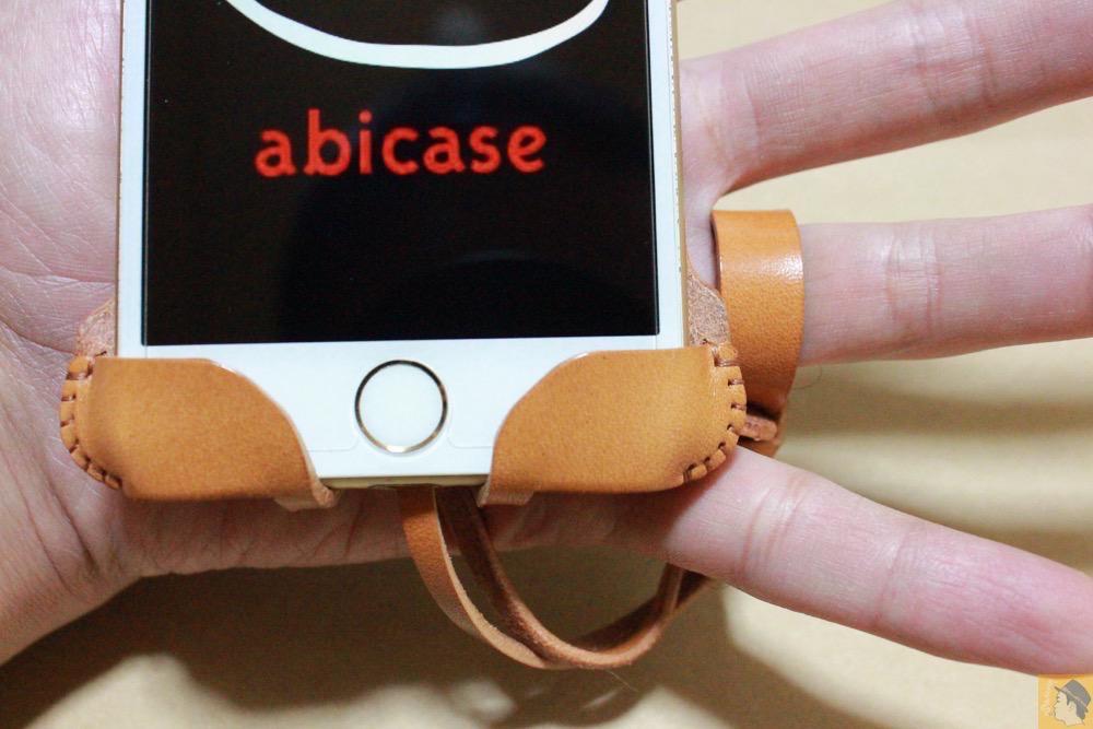 ストラップ - 銀面が極上の質感のabicase アビケースはiPhoneケースとして使うのがもったいない仕上がり / iPhone 6/6s [レビュー 40/40]